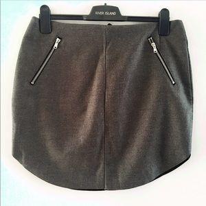H&M Dark Grey Skirt With Round Hem and Zipper